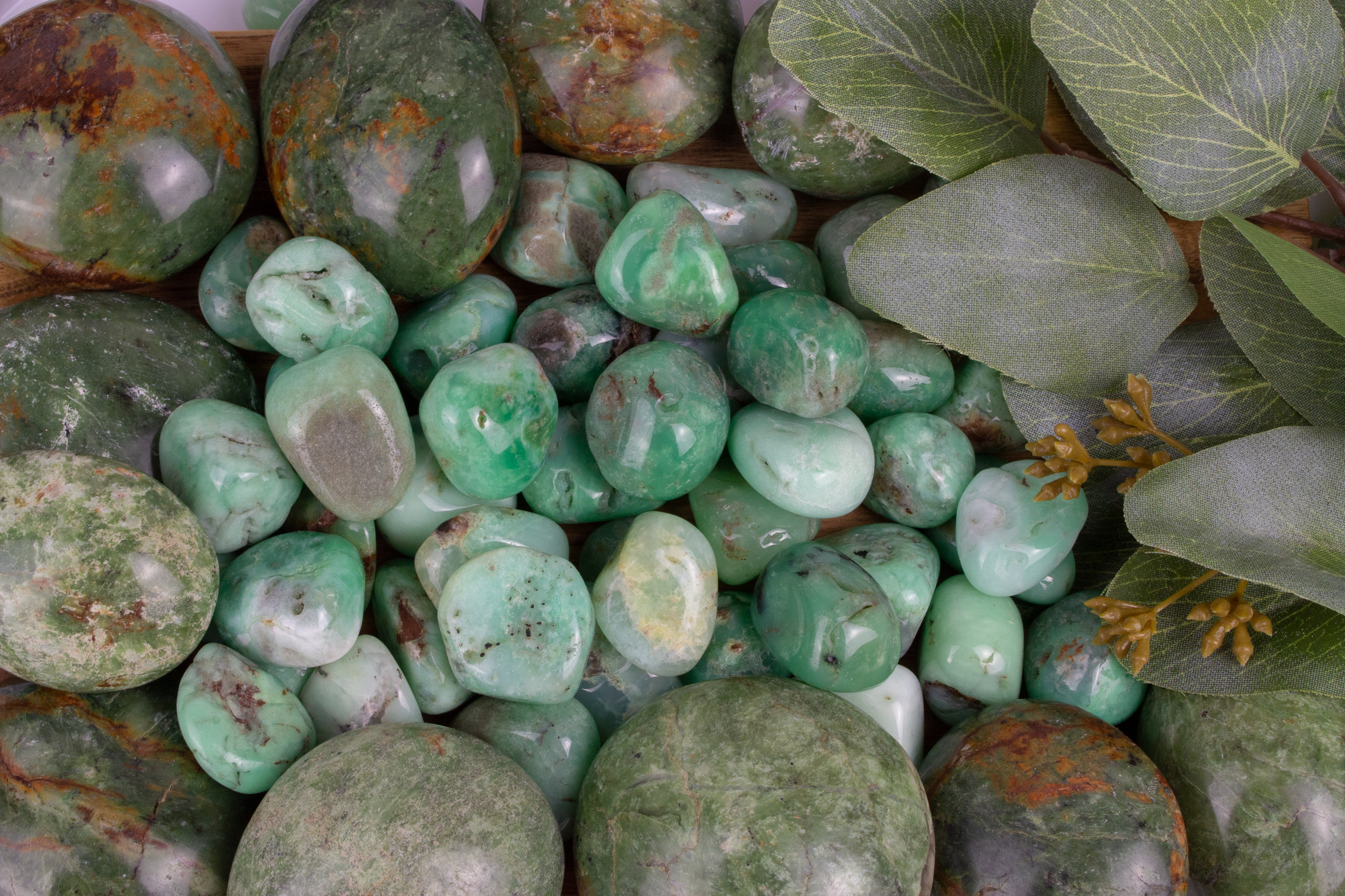 Chrysoprase Metaphysical Properties And Meanings The