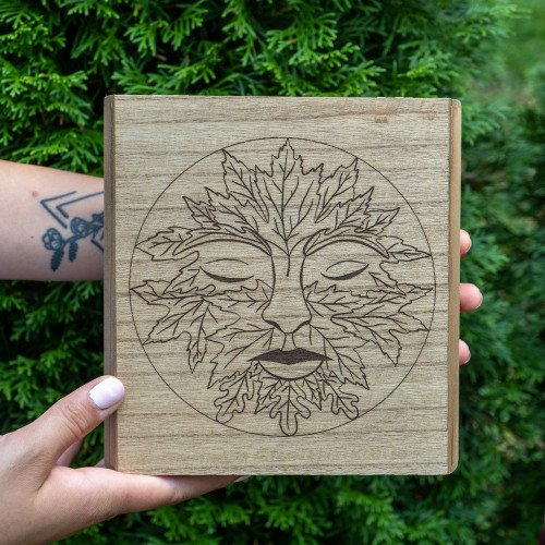 Greenman Wooden Crystal Box