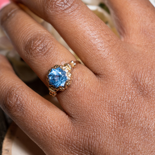Blue Topaz 18K Yellow Gold Ring