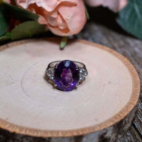 Amethyst White Gold with Diamond Ring