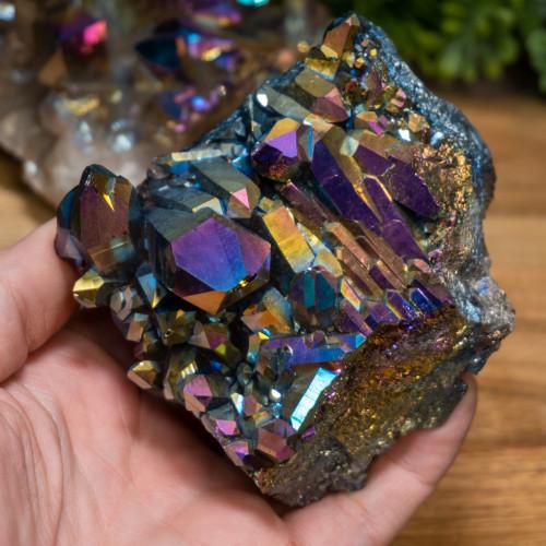 Random Medium Titanium Quartz Cluster